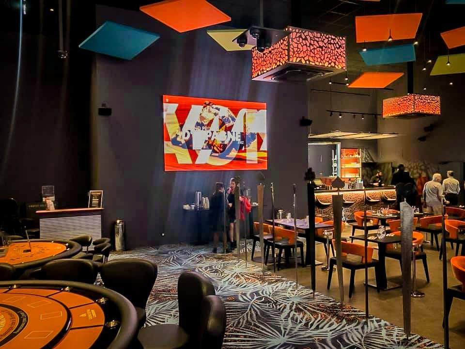 Ecran LED mural Casino - Affichage numérique - Magic Vision